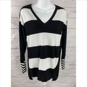 Vince Camuto Double V-neck Stripe Sweater Blk Why